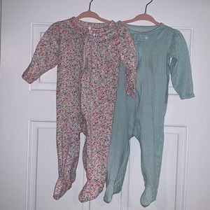 Carter's pink footed pajamas size 9 months